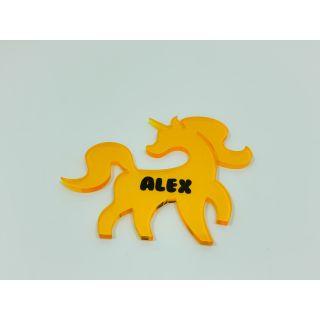 Marcasitios Unicornio - Color amarillo